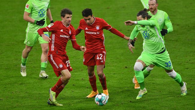 Bayern Munich are looking for three points against Wolfsburg, who they beat 2-1 earlier this season