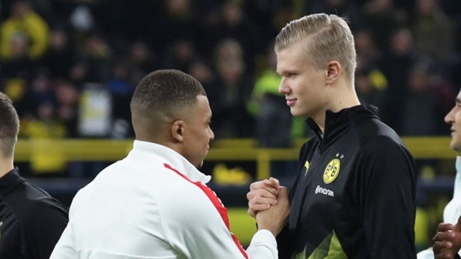 Erling Haaland (R) and Kylian Mbappe (L)