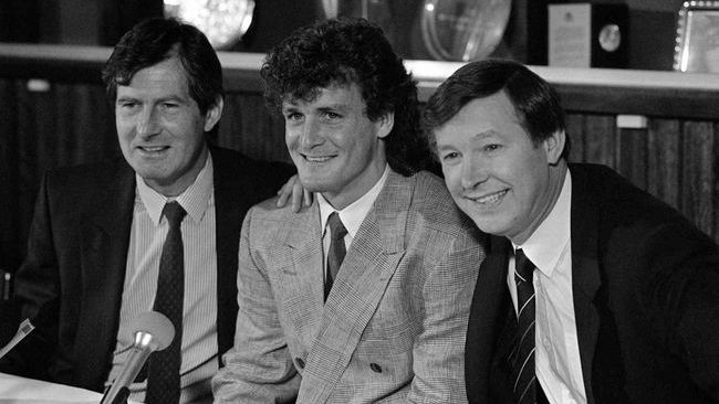 Sir Alex Ferguson brought Mark Hughes back to Old Trafford in 1988 for a trophy-laden second stint