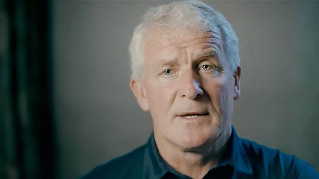 Mark Hughes spoke exclusively to LiveScore about all things Manchester United