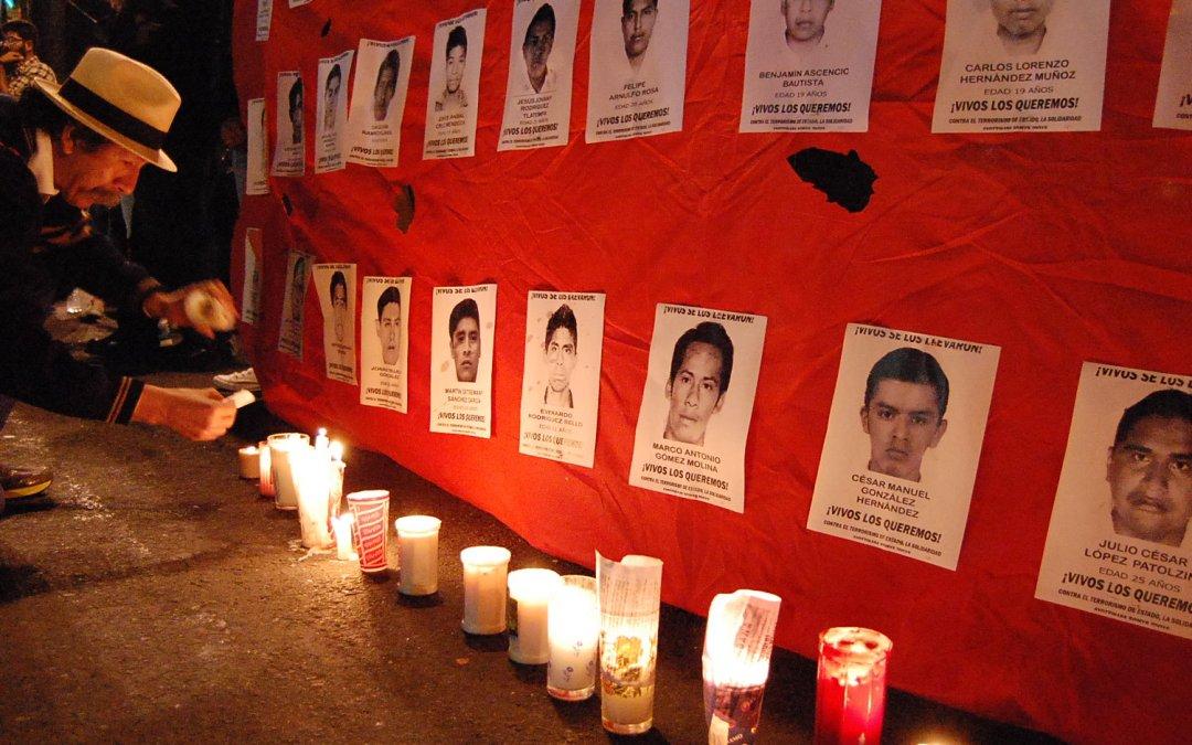 Lamentables las acciones del gobierno federal en contra de personas defensoras de derechos humanos que acompañan el caso de los normalistas de Ayotzinapa