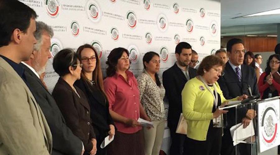 Presidentes de Comisiones del Senado presentan al pleno propuesta ciudadana de reforma constitucional para facultar al Congreso a legislar en materia de derechos humanos