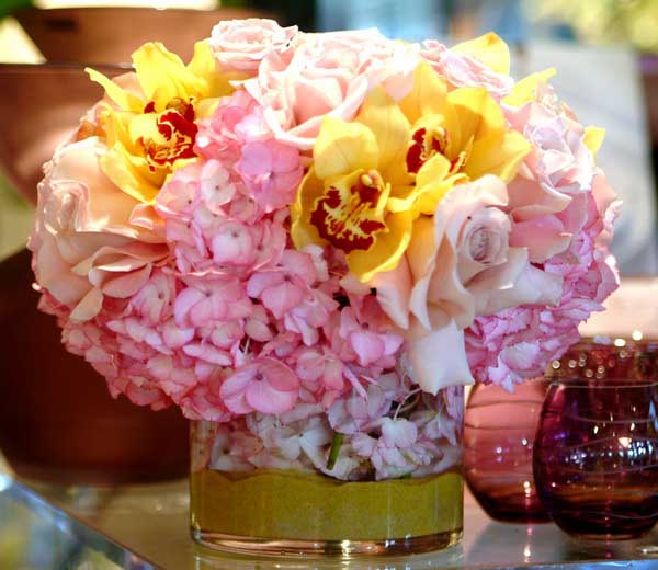 pink-yellow-flowers-floral-arrangements-centerpiece-ideas