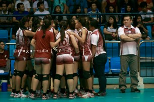 the signature huddle of Coach Jerry Yee