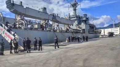 Photo of मिशन सागर – आईएनएस केसरी पोर्ट विक्टोरिया, सेशेल्स पहुंचा