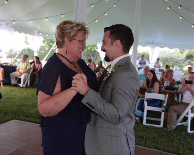 mother-of-the-groom-dance