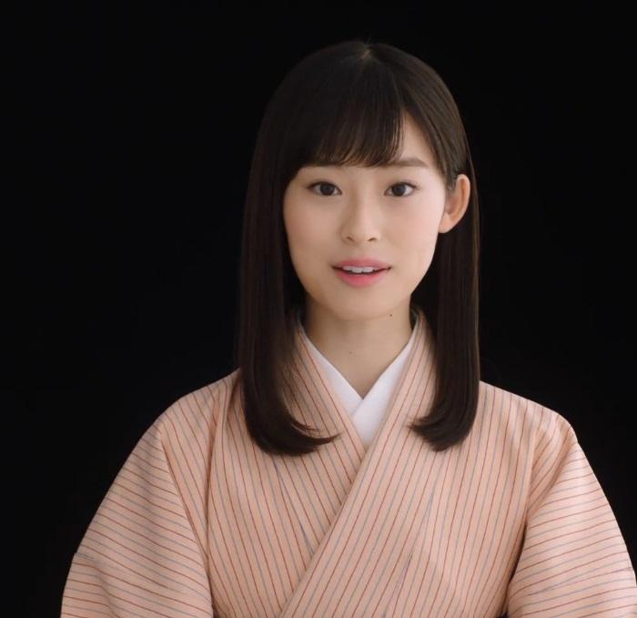 井本彩花 くら寿司 CM