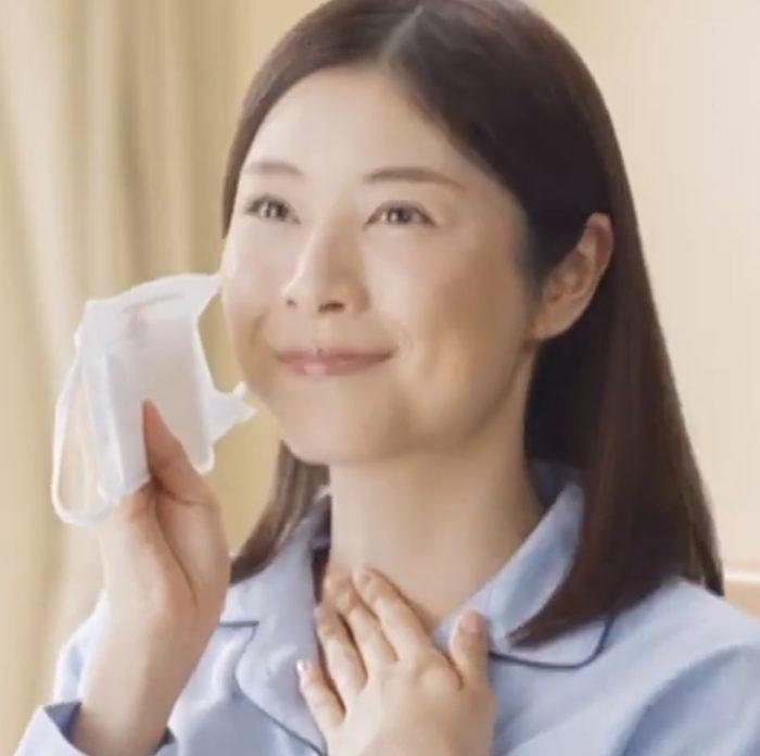 青谷優衣 のどぬ~るぬれマスク CM