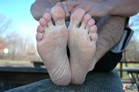 gay toes
