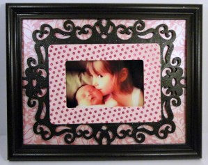 Dollar Store Makeover: Pretty Framed Pictures