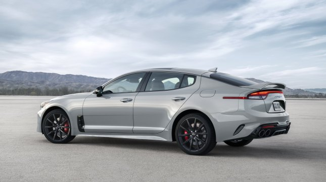 Kia Stinger 2022 launched in the US: Significant upgrade, decided to compete in Germany 2022-kia-stinger-6-2.jpg