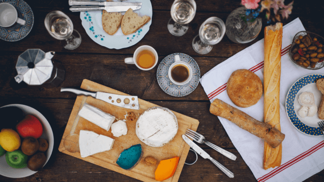 How To Host The Perfect French Dinner Party
