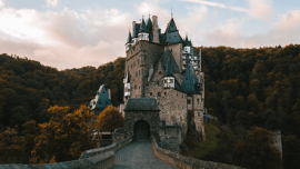 Vacation Cheat Sheet: 20 German Phrases You Need To Know