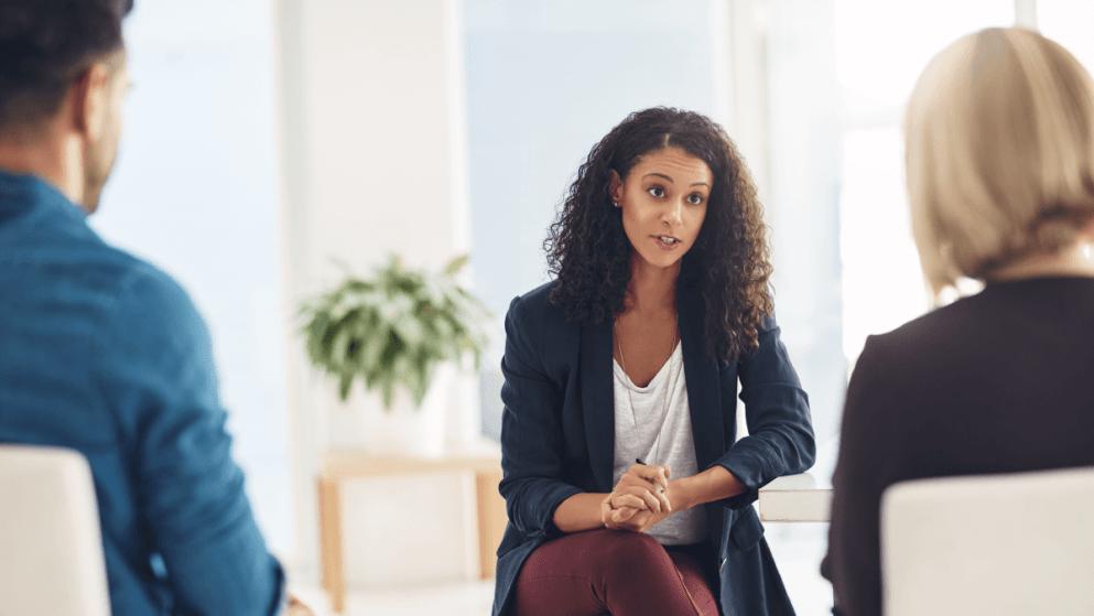 Bilingual Jobs: How Mental Health Interpreters Make Tough Talks Easier