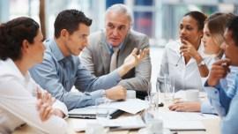 Angielski w pracy: dlaczego warto nauczyć się go raz a dobrze?