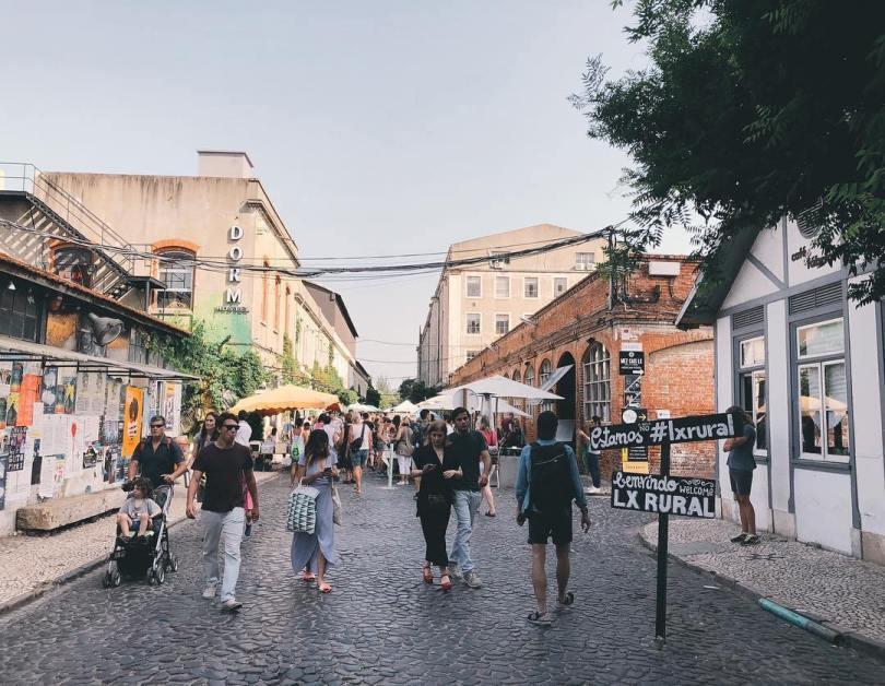 La LX Factory est un lieu emblématique du Lisbonne insolite