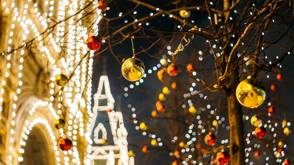 5 Reasons Why You Should Go Abroad This Holiday Season