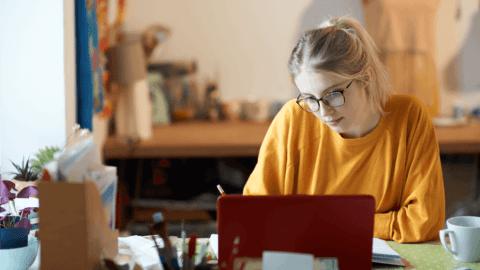7 effektive Methoden wie du zu Hause eine Sprache lernst