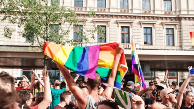 LGBTQ+-Sprache und die Suche nach einem allumfassenden Begriff