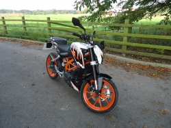 2017 63 Plate Ktm 390 Duke In White Unmarked Condition Finance Repo Bargain