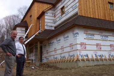 Dupont Tyvek Drainwrap on House Construction