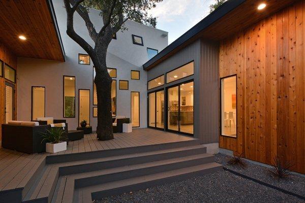 Matt-Fajkus-MF-Architecture-Tree-House_Exterior-Rear-Photo-Allison-Cartwright-Twist-Tours