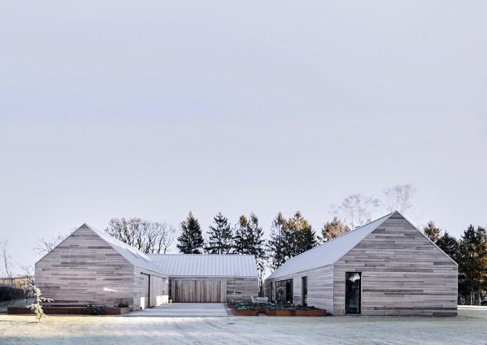 Danish Barn by Christoffersen & Weiling