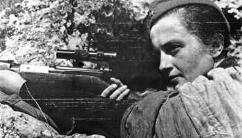 One of The Worlds Best Snipers is a Lady: Lyudmila Pavlichenko
