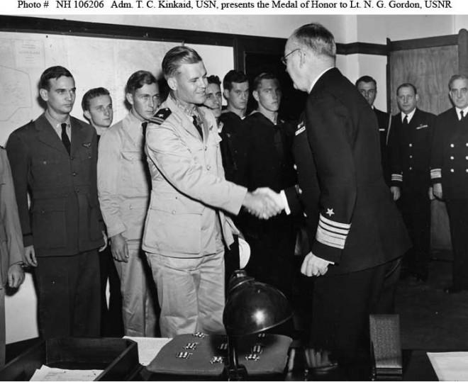 Vice Admiral Thomas C. Kinkaid, USN presents CMH to Lieutenant Nathan G. Gordon, USNR