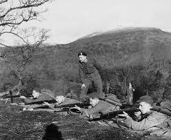 Jack Churchill overseeing marksmanship training