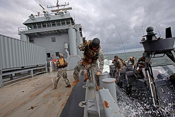 5th SFG CIF Company training on maritime interdiction