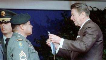 President Reagan presenting medal of honor to Sergeant Roy Benavidez