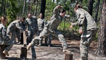 The Inconvenient Truth About Women and Combat