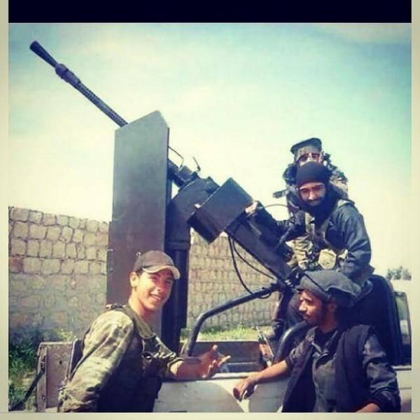 Turkish Soldier Greets ISIS (Courtesy: Pamela Geller)