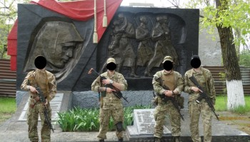 Ukraine Update: Azov and Donbass Battalions Ordered Out of Shyrokyne