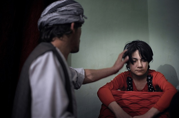 bacha-bazi-the-dancing-boys-of-afghanistan-2