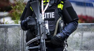 Dutch anti-terrorism police arrest suspect at France's request