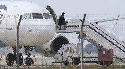 Empty threats used to hijack EgyptAir flight highlight security vulnerabilities