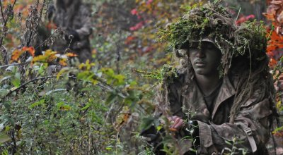 Concealment and camouflage tips from Marine scout snipers
