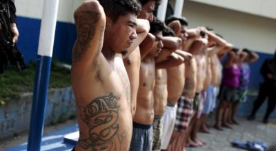 Salvadoran gangs use Facebook to track down victims