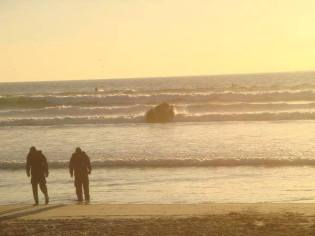 BRC 01-08 conducting 'surf passages' during Amphib Phase in 8-man teams prior to evening evolutions in Coronado, CA.
