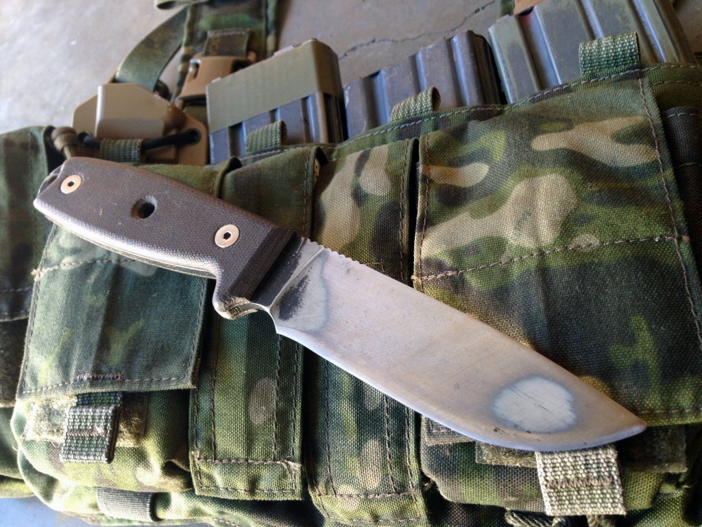 The ESEE 4 | Not The Best Survival Knife, But a Damn Good One!