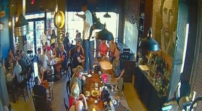 Man caused panic at a restaurant in Idaho by praising Allah on top of the bar