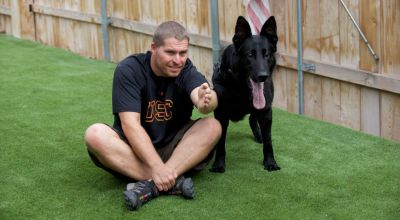 Navy SEAL wins battle to keep warrior dog as therapy companion