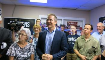 Former Navy SEAL Eric Greitens closes the gap in Missouri governor's race
