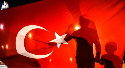 US orders families of consulate workers in Istanbul to leave