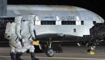 America's Secret Space Shuttle X-37B Space Plane - 600 days in Earth Orbit