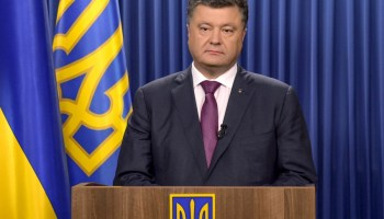 Ukraine's president urges to continue sanctions on Russia