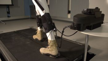 No need for Iron Man: Harvard debuts soft robotic exoskeleton