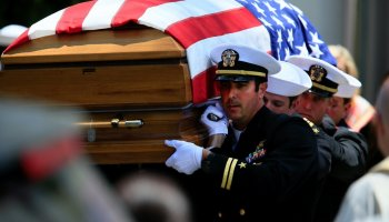 Fallen Navy SEAL among nine upgraded to Navy Cross